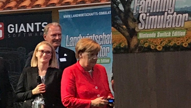 Angela-Merkel-Farming-Simulator-Gamescom